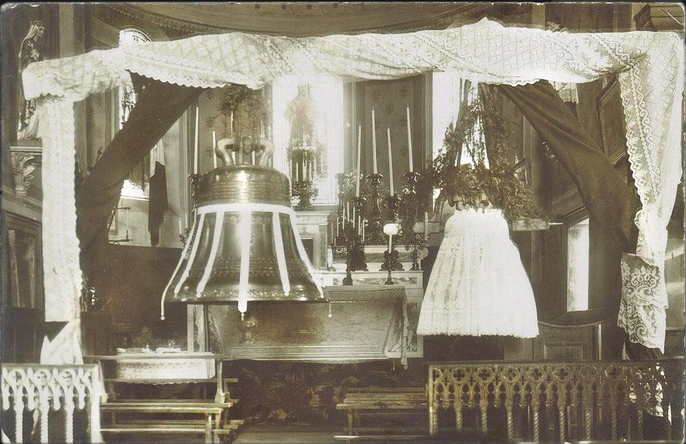 Les cloches de l'église de Saint-Michel-de-Saint-Geoirs