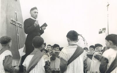 """Bénédiction de Notre-Dame des Vents, 14 mars 1954 - <span style=""""font-family: Verdana;font-size:9px;"""">© Famille Détroyat</span>"""