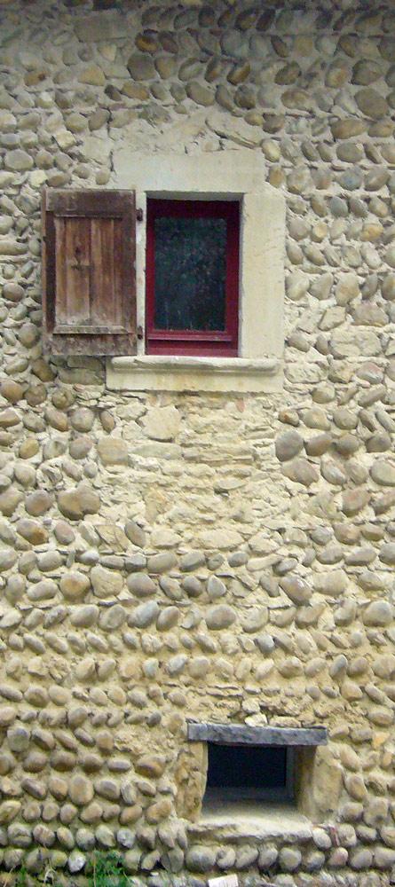 La maison du 17e siècle (1647) - Saint-Michel-de-Saint-Geoirs
