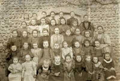1895-1896 - Filles