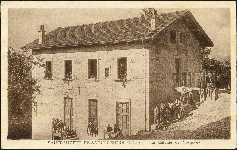 La salle des fêtes de St-Michel-de-St-Geoirs